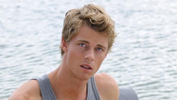 Will (Luke Mitchell), der Neue bei H2O. Gutaussehend und neugierig.   Rechte: ZDF/Jasin Boland