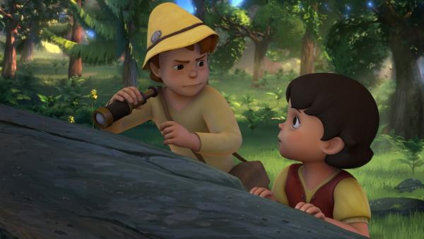 Als Heidi Peter endlich gefunden hat, machen die beiden eine Entdeckung.   Rechte: ZDF/Studio 100 Animation/Heidi Productions Pty. Limited