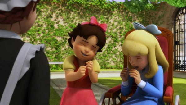 Clara und Heidi haben auf Anhieb viel Spaß miteinander. | Rechte: ZDF/Studio 100 Animation/Heidi Productions Pty. Limited