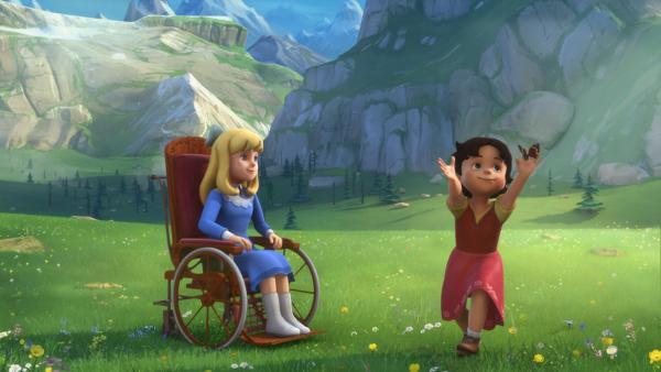 Heidi und Clara sind vergnügt auf der Weide. | Rechte: ZDF/Studio 100 Animation/Heidi Productions Pty. Limited