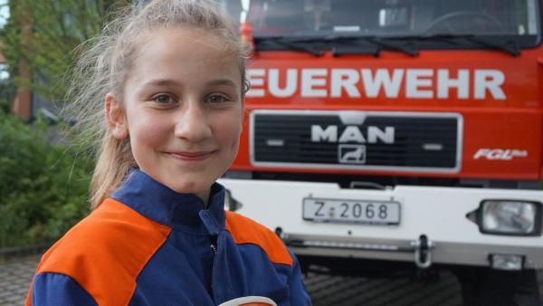 Ayleen ist Mitglied bei der Freiwilligen Feuerwehr.                       | Rechte: MDR/Martin Reißmann