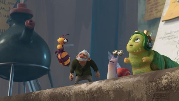 Willow, Gramps, Syd und Chowser blicken in die Luft. | Rechte: KiKA/One Animation PTE LTD.