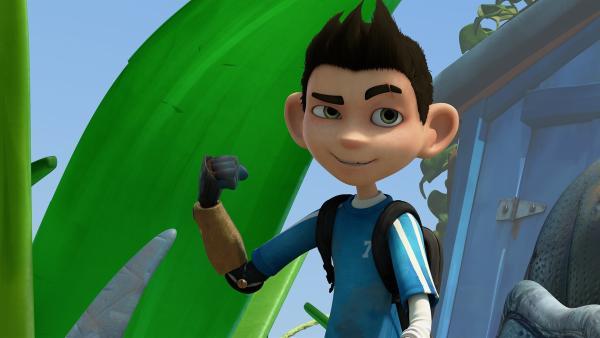 Zak trainiert seinen bionischen Arm. | Rechte: KiKA/One Animation PTE LTD.