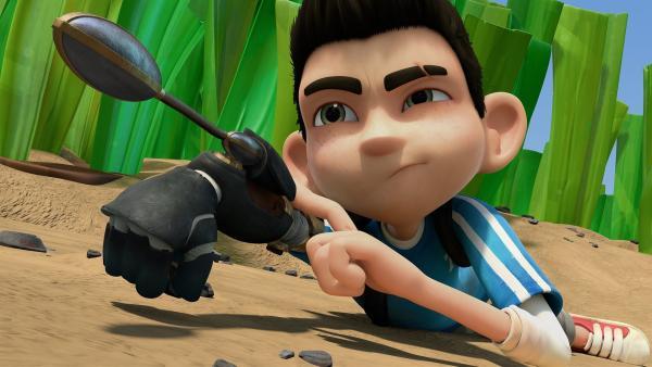 Zak aktiviert die Schleuder.  | Rechte: KiKA/One Animation PTE LTD.