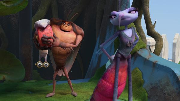 Hye zeigt Adilla seinen Fang, nämlich Syd. | Rechte: KiKA/One Animation PTE LTD.