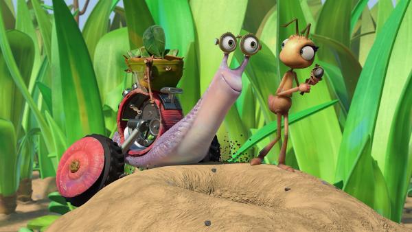 Rebecca ist wenig begeistert von Syds Geschenk, einem Hammer. | Rechte: KiKA/One Animation PTE LTD.