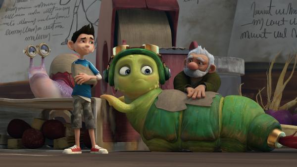 Chowser, Syd und Zak werden von Gramps untersucht.  | Rechte: KiKA/One Animation PTE LTD.