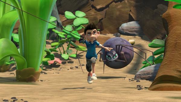 Zak flieht vor der Spinne.  | Rechte: KiKA/One Animation PTE LTD.