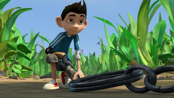 Zak ist im Garten unterwegs und macht eine Entdeckung.  | Rechte: KiKA/One Animation PTE LTD.