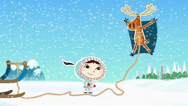 Das ist ja mal wieder eine ziemlich verrückte Idee, denkt Inui. Hubert hat sich ein Tuch auf den Rücken gebunden, so dass der Wind ihn in die Luft heben kann. | Rechte: ZDF/JEP Animation
