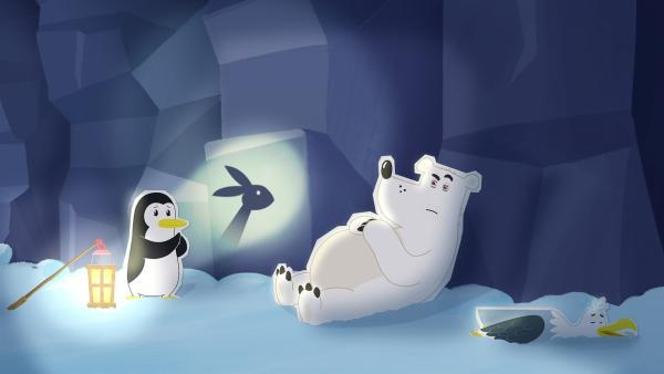Selbst ein märchenhaftes Schattenspiel von Pinguin Lissy kann den Eisbären Grumpel nicht richtig ermüden. Er ist zwar total erschöpft, aber der letzte Kick zum endgültigen Einschlafen gelingt ihm doch nicht. | Rechte: ZDF und JEP-Animation GmbH