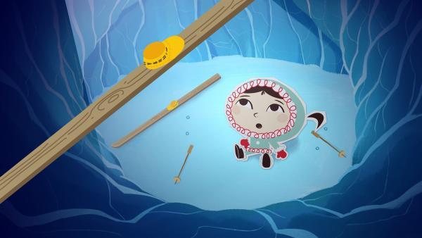 Inui ist beim Skifahren in eine Gletscherspalte gefallen. Glücklicherweise hat sie kurz zuvor einen sprechenden Talisman gefunden - Ob der vielleicht einen guten Rat bereit hat, wie sie Hilfe bekommen kann?   Rechte: ZDF und JEP-Animation GmbH