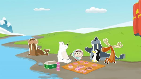 Als Inui (Mi.) und ihre Freunde zum Zelten fahren, treffen sie auf die beiden Walrösser Uwe (re.) und Ole (li.). Die glauben aber leider, alles besser zu wissen – und das nervt enorm. | Rechte: ZDF und JEP-Animation GmbH