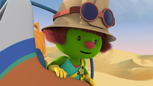 Zippa hat Daisys Helm im Wüstensand entdeckt. | Rechte: KiKA/The Jim Henson Company/DHX Media