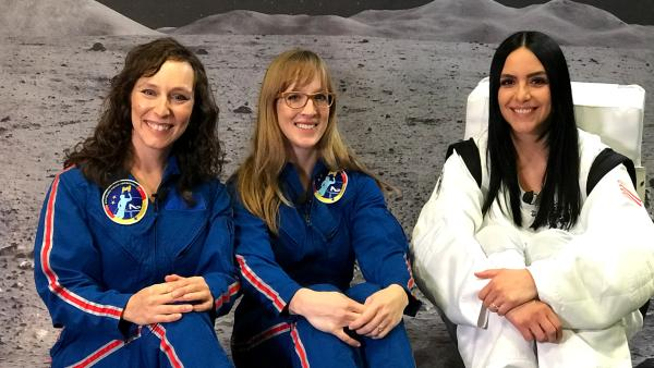 Jess trifft die Astronautinnen | Rechte: KiKA / Rozhyar Zolfaghari