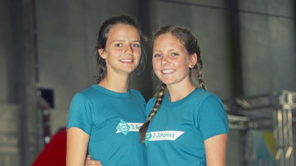 Team Antonia und Johanna | Rechte: KiKA/Ron Bergmann