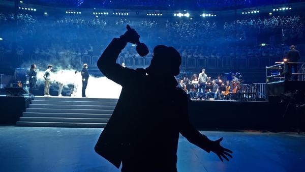 2017 ist Reformationsjahr! Das heißt für KIKA Live und Ben mitsingen beim Pop-Oratorium Luther, das exklusiv für diesen Anlass geschrieben wurde. Mitmachen kann jeder und das lässt sich Ben nicht zweimal sagen. | Rechte: KiKA/Sakina Gaba
