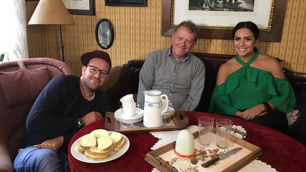 Ben und Jess erkunden in einem Freilichtmuseum, wie die Dänen früher gelebt haben und warum sie heute zu den glücklichsten Menschen Europas gehören. | Rechte: KiKA/Eva Knäusl