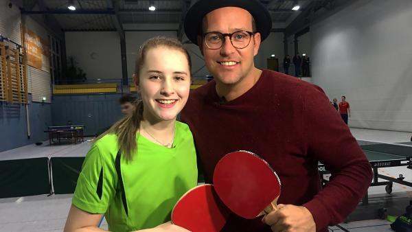 Ben trifft Sophia beim Training, denn ihr größtes Hobby ist Tischtennis. | Rechte: KiKA/Nicolette Maurer