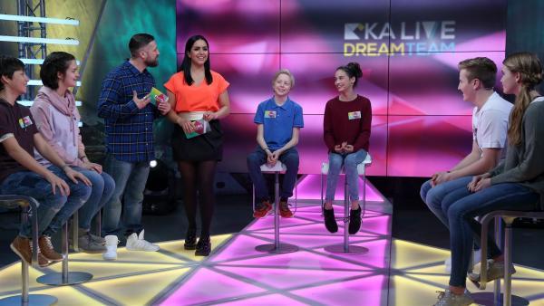 KiKA LIVE Dreamteam Tag 4: Quinten, Noemi, Bürger Lars Dietrich, Jess, Claas, Stefanie, Matteo und Lena | Rechte: KiKA/Christin Gertler