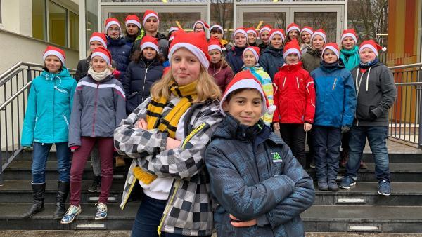 Die Schüler des Bertolt-Brecht-Gymnasiums in Dresden | Rechte: KiKA/Torben Hagenau