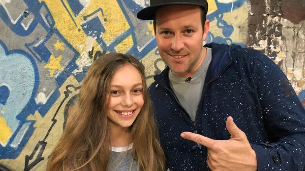 Ben trifft die elfjährige Skaterin Lilly Stoephasius. | Rechte: KiKA/Rozhyar Zolfaghari