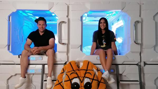 Ben und Jess sind gespannt, was sie auf ihrer Reise erwartet. | Rechte: KiKA/Grit Häfer