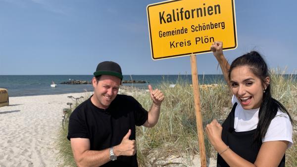 Ben und Jess in Kalifornien - einem Strand an der deutschen Ostsee. | Rechte: KiKA/Torben Hagenau