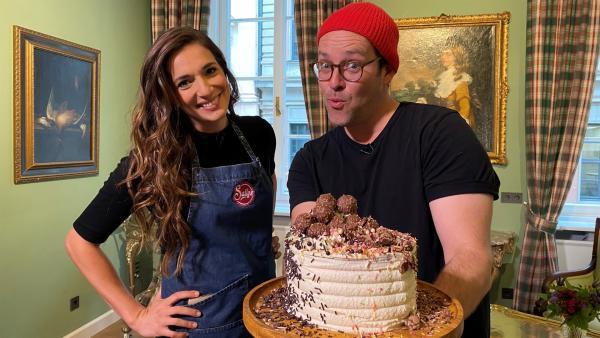 Ben trifft Sally, die wohl bekannteste YouTube-Bäckerin Deutschlands. | Rechte: KiKA/Andrea Thoben