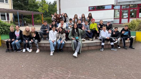 Jess besucht die Georg-Büchner-Schule Stadtallendorf.  | Rechte: KiKA/ Rozhyar Zolfaghari