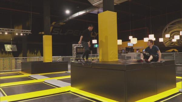 Ben beim Maze Jumping | Rechte: KiKA
