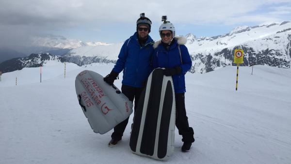 Ben und Jess mit Airboards. | Rechte: KiKA