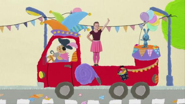 Karnevalsumzug mit Kikaninchen | Rechte: KiKA
