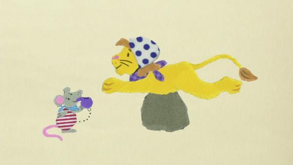 Der Löwe lernt schwimmen | Rechte: KiKA