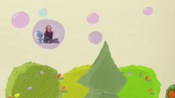 In einer riesigen Seifenblase schweben | Rechte: KiKA