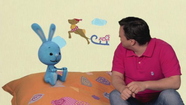 Tonki macht Ferkel Freddy eine Freude | Rechte: KiKA