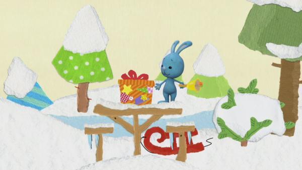 Weihnachtsgeschenke für den Hirsch | Rechte: KiKA