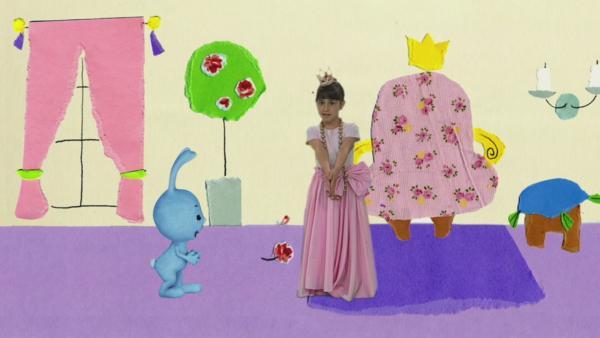 Kikaninchen tanzt mit der Prinzessin | Rechte: KiKA