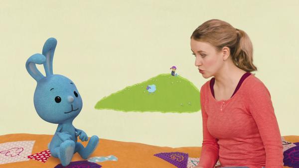 Die Geschichte von den Geschwistern Mina, Lina und Sina, die lernen miteinander zu spielen | Rechte: KiKA