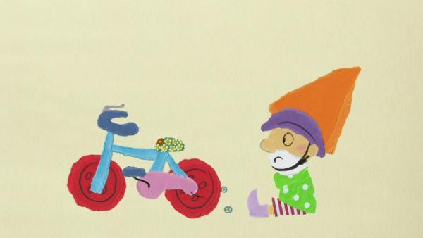 Zwerg Ritzibitzi lernt Fahrradfahren | Rechte: KiKA