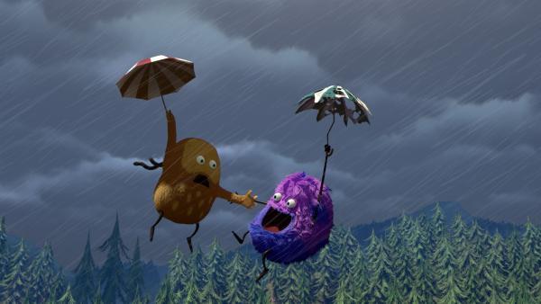 Als Kiwi seinen Regenschirm aufspannt, wird er vom Sturm davon geweht. | Rechte: NDR/Copenhagen Bombay