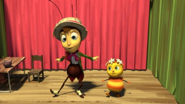 Die kleine Biene Iris möchte gern ein Star werden.  Bei den Proben mit Gregor für die Show , stellt sie fest, dass man sich den Erfolg leider hart erarbeiten muss. | Rechte: ZDF/2019 - METHOD ANIMATION - BIDIBUL PRODUCTIONS - ZDF ENTERPRISES