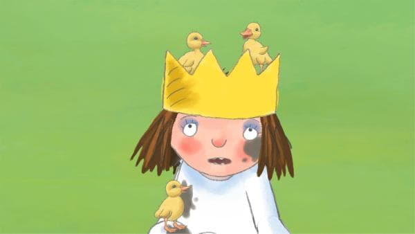 Die Prinzessin findet drei mutterlose Eier, aus denen schon bald Entenküken schlüpfen. Die Kleinen folgen der Prinzessin, als sei sie ihre Mama.   Rechte: ZDF/Illuminated Film Company