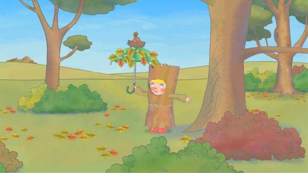 Die kleine Prinzessin freut sich über ihre perfekte Waldtarnung. | Rechte: ZDF/Illuminated Film Company