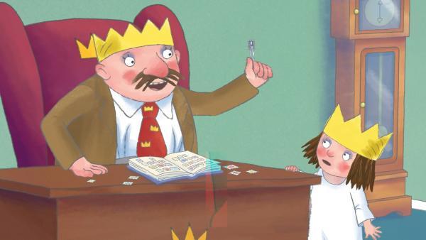Für das Einkleben von Briefmarken ins Album braucht der König höchste Konzentration, und er bittet die Prinzessin, ganz leise zu sein. | Rechte: ZDF/The Illuminated Film Company