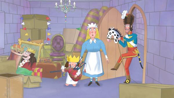 Das Dudelsackspielen der Prinzessin klingt für das Kindermädchen (M.) und den Admiral (r.) nicht gerade angenehm. | Rechte: ZDF/The Illuminated Film Company