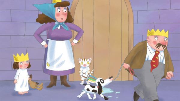 Die kleine Prinzessin (1.v.li.) will nicht zugeben, dass sie das Putzwasser verschüttet hat und so hält der König (re.) Schlamper für den Schuldigen und will ihn wegsperren. | Rechte: ZDF/Illuminated Film Ltd.