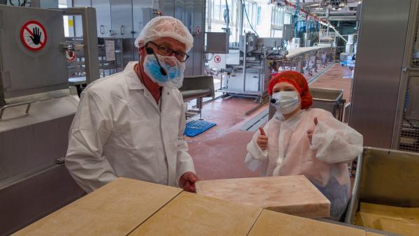 Elisabeth in der Fischstäbchenfabrik | Rechte: rbb/André Schmidtke