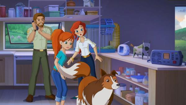 Hündin Lassie versucht Zoe und ihren Eltern etwas über den verschwundenen Harvey mitzuteilen.  | Rechte: ZDF/Classic Media/DC Entertainment/Superprod