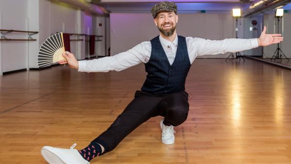 Bürger Lars Dietrich als Tanzlehrer Jochen González | Rechte: ZDF/Katja Inderka
